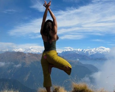 Nepal spiritual yoga tour with Dhampus hike